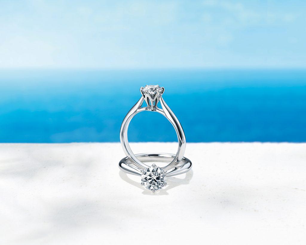 擁有優美的側面是銀座白石求婚鑽戒的特色。