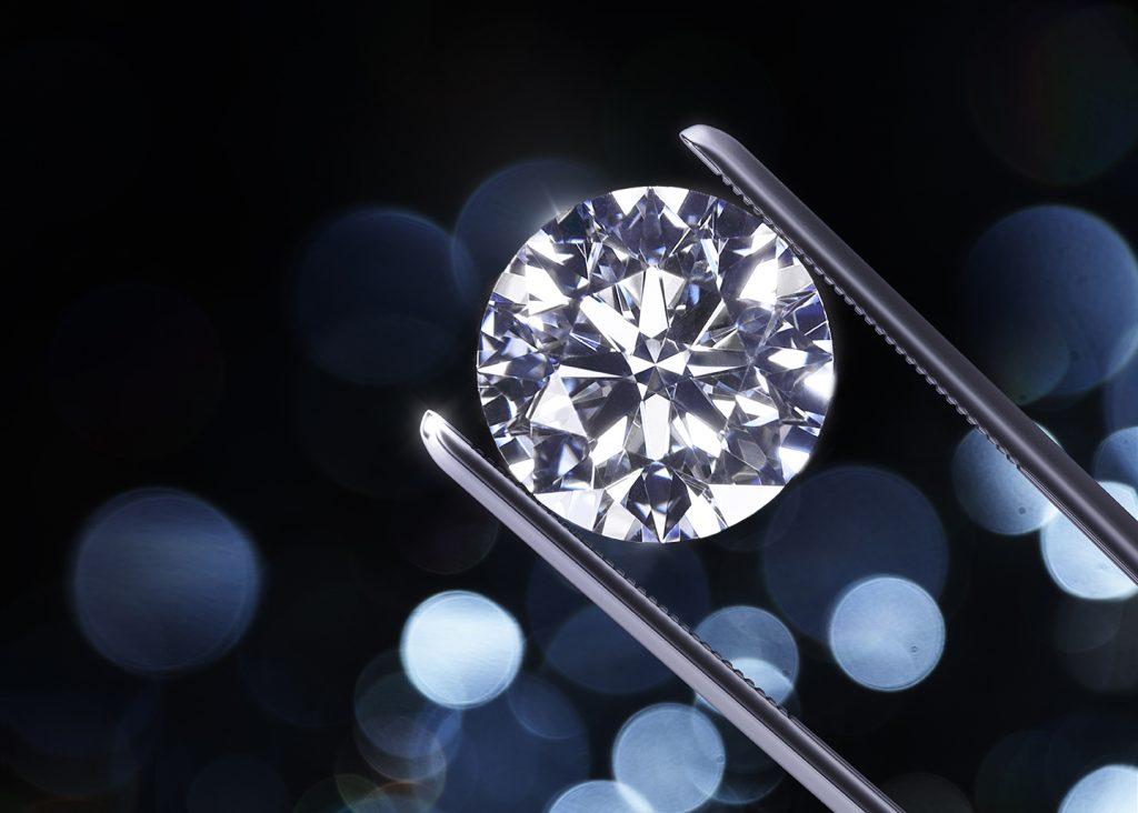 先了解一下鑽石的基礎知識,再來挑選求婚/訂婚戒指吧!