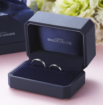 創造出了訂婚戒指和結婚戒指的文化,又衍生出新標準的GINZA DIAMOND SHIRAISHI的結婚戒指