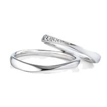 ハードプラチナでできた結婚指輪